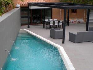 Revestimiento de piedra para tu piscina